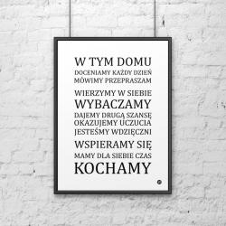 Plakat dekoracyjny 50x70 cm W TYM DOMU... biały - DekoSign